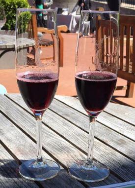 red-wine-baum