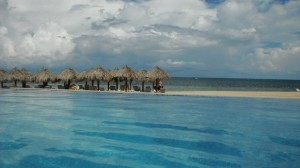 grand beach palapas2